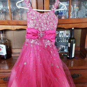 Sz10 girls Perfect Angel's Pageant Dress